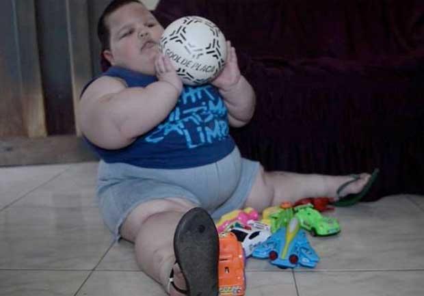 /index.php/curiosidades-en-la-red/9366/misael-el-nino-de-tres-anos-que-pesa-70-kilos