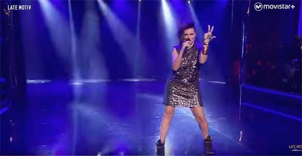 /index.php/curiosidades-en-la-red/29982/asi-imito-silvia-abril-a-barei-en-eurovision