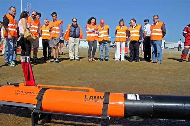 Emplean drones y submarinos no tripulados en simulacro de vertido