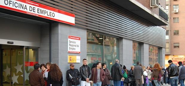 El paro aument en octubre en personas y alcanza for Oficina empleo ourense